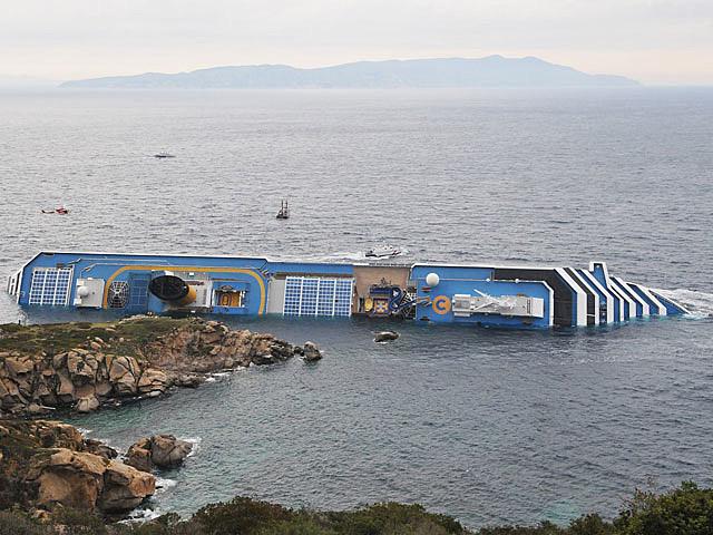 sinking-cruise-ship-2