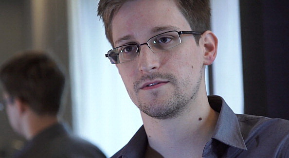 Edward Snowden wants asylum in Russia
