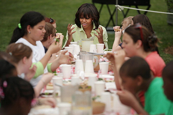 Michelle Obama with kids