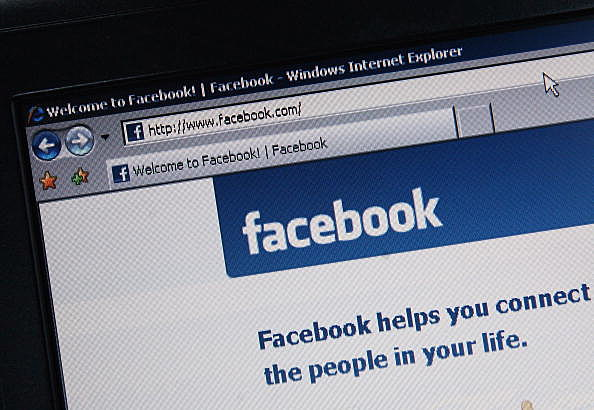 Facebook affect your credit score