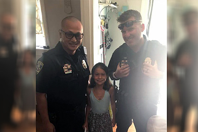 wfpd officers give girl birthday money